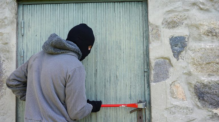 kradzież z włamaniem a ubezpieczenie nieruchomości